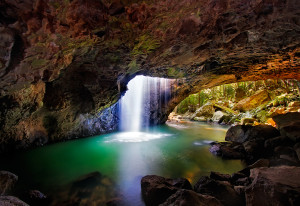 natural-arch-springbrook
